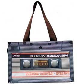 kaset çanta hediye