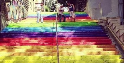 beyoglunda_renkli_merdiven_donemi_basliyor13779363100_h1068291