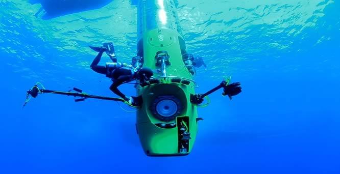 james-cameron-deepsea-challenger